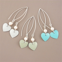 Picture of Bridesmaid Round Heart & Pearl Earrings (Medium Earwire)