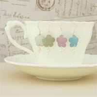 Picture of Bridesmaid Flower & Pearl Earrings