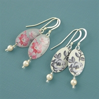 Picture of Oval & Pearl Earrings