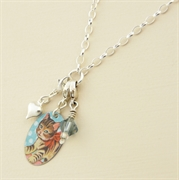 Picture of Kitsch Oval Charm & Crystal Bracelet
