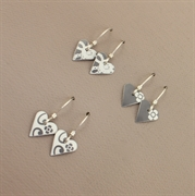 Picture of Tiny Slim Heart Earrings