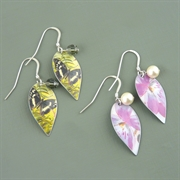 Picture of Holly Leaves Earrings