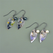 Picture of Holly Leaves Earrings (Oxidised)