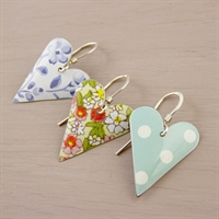 Picture of Medium Heart Earrings JE12