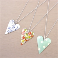 Picture of Medium Slim Heart Necklace