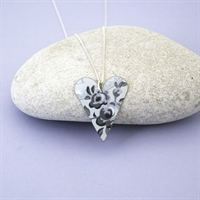 Picture of Grey Chambray Medium Slim Heart Necklace JS7