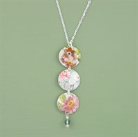 Picture of Pretty Floral Three Disc & Crystal Necklace