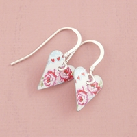 Picture of Pretty Floral Small Slim Heart Earrings