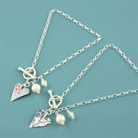 Picture of Slim Heart & Pearl Toggle Bracelet