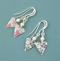 Picture of Slim Heart & Pearl Earrings