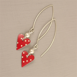 Picture of Spotty Red Heart with Pearl Earrings