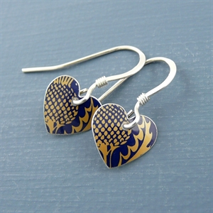 Picture of Thistle Round Heart Earrings