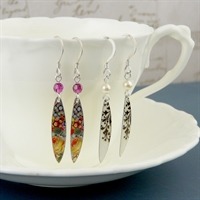 Picture of Skinny Leaves & Crystal/Pearl Earrings WT-E11