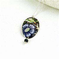 Picture of Midnight Floral Oval & Crystal Pendant JS78