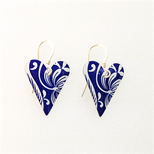 Picture of Italian Blue Medium Heart Earrings