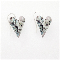 Picture of Emily Jane Medium Heart Earrings JE12