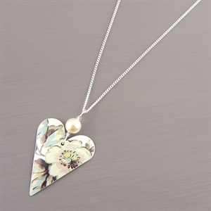 Picture of Emily Jane Floral Heart & Pearl Necklace