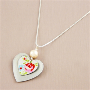Picture of Pretty Floral Double Heart Necklace