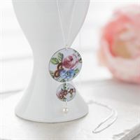 Picture of Painted Rose Double Circle Necklace