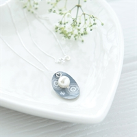 Picture of Scandi Grey Oval & Pearl Necklace