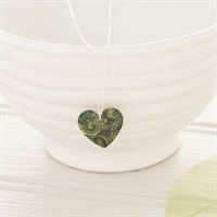 Picture of Damask Green Round Heart Necklace