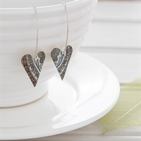 Picture of Damask White Medium Heart Earrings Long