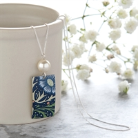 Picture of Midnight Floral Rectangle & Pearl Necklace