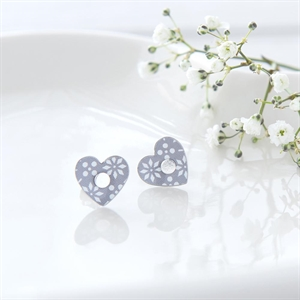 Picture of Grey Pattern Heart Studs