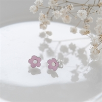 Picture of Small Pink Daisy Studs
