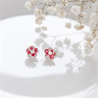Picture of Small Red Pattern Daisy Studs