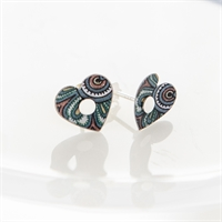 Picture of Damask White Heart Studs