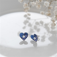 Picture of Forget Me Not Heart Studs